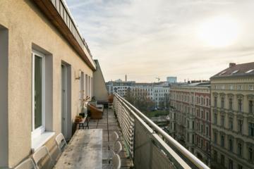 """""""Individuelle Penthousewohnung mit Aufzug am Senefelderplatz"""", 10119 Berlin, Dachgeschosswohnung"""